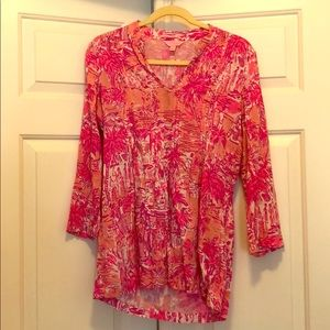 EUC Lilly Pulitzer Tunic Top with Pink Design